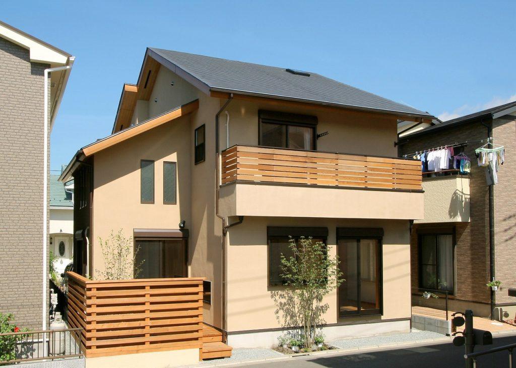 吹き抜けのある新築住宅
