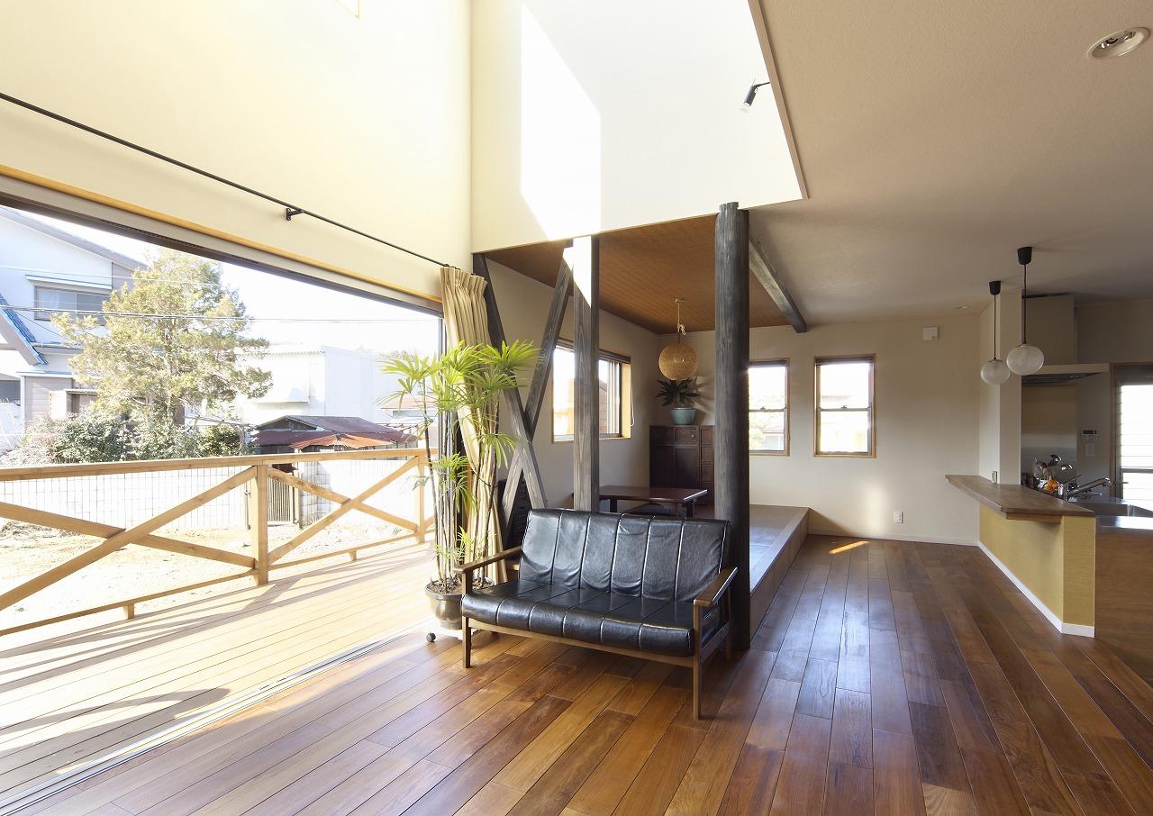 開放感と光あふれる家