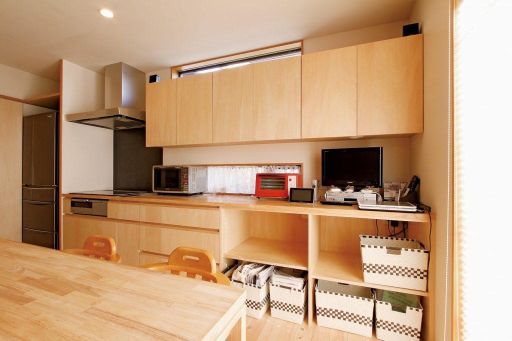 セパレート型の造作キッチン