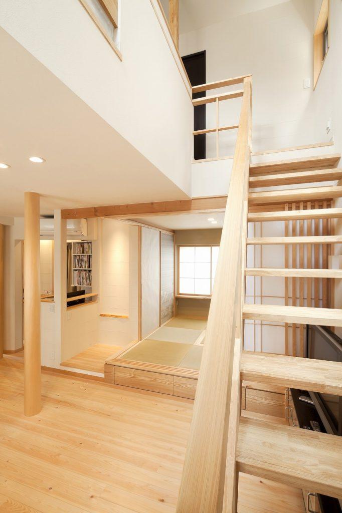 軽やかな階段スペース