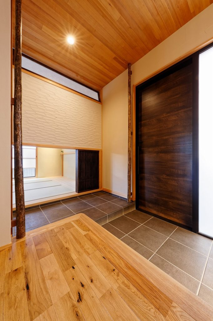 無垢の天井板や床板
