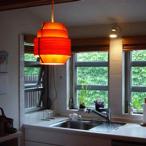 四季を眺めるキッチン