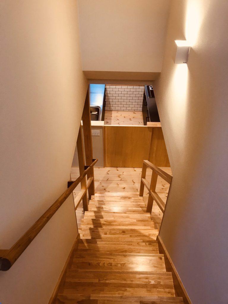 LDKに降りる階段