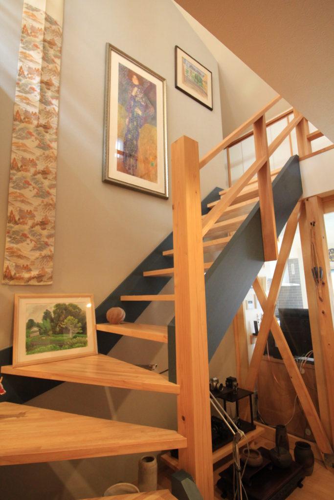 匠の技で造られた階段