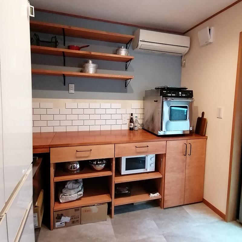 小さなお店のキッチン